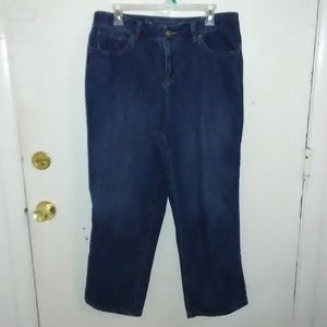Christopher & Banks Petite Classic Fit Jeans